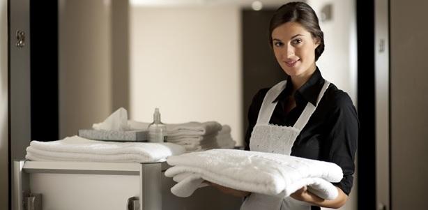 5-hotel-maid
